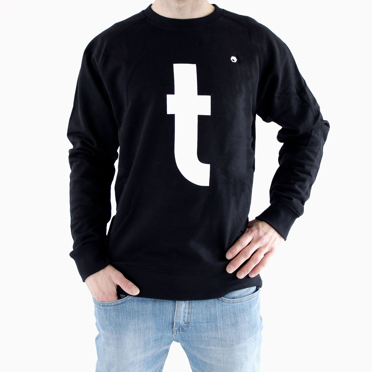 Flathold-apparel-sweat-t-black