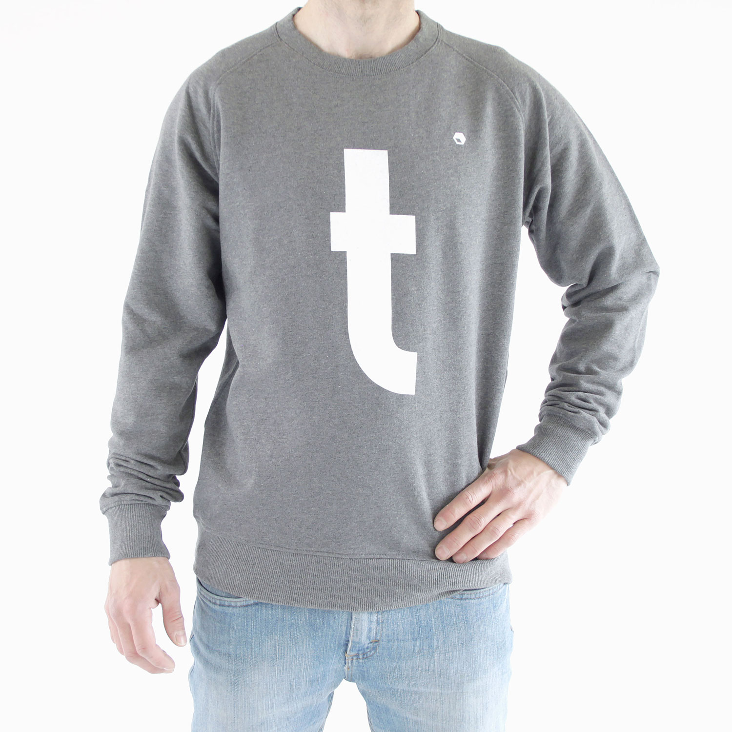 Flathold-apparel-sweat-t-grey